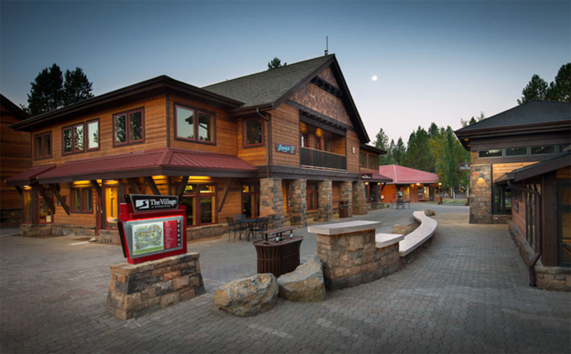 The-Village-at-Sunriver-2