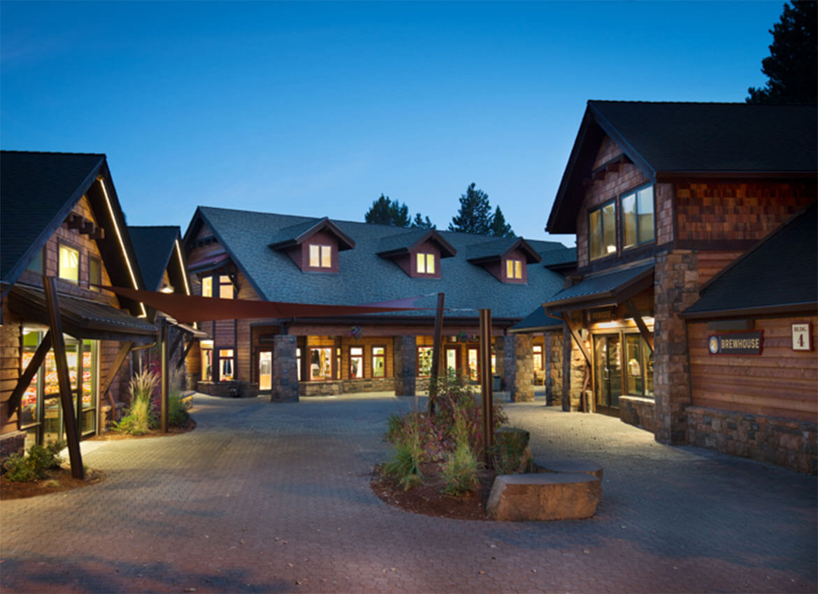 The-Village-at-Sunriver-4
